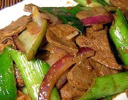 青蒜炒猪肝的做法