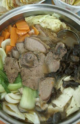 家常牛肉火锅的做法