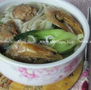 青菜虾干肉丸面的做法