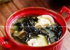 一碗美容减肥清肠的裙带菜炖猪蹄的做法