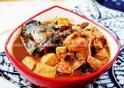 去腥绝招 豆腐炖鱼的做法
