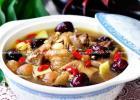 益气养元暖身汤 大枣桂圆炖鸡汤的做法